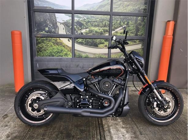 2019 Harley-Davidson® FXDRS - FXDR™ 114