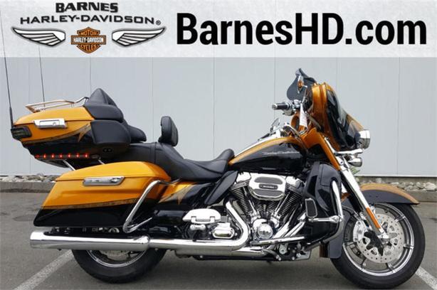 2015 Harley-Davidson® FLHTKSE - CVO™ Limited