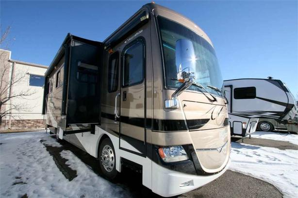 2012 Fleetwood RV DISCOVERY 36J