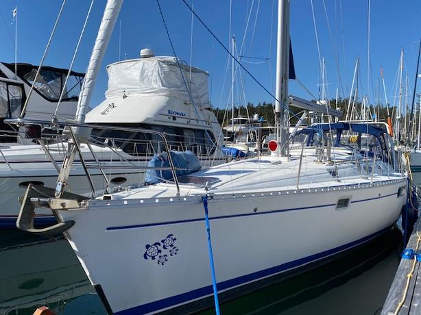 Beneteau Oceanus 440