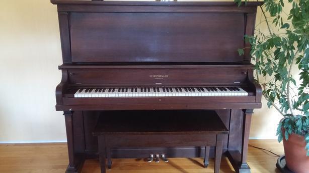 FREE: Heintzman Upright Piano