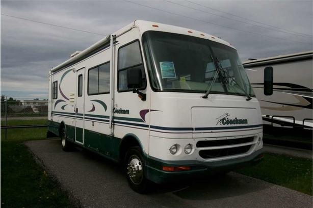 2000 Coachmen RV MIRADA 30