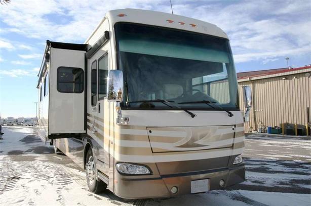 2013 Thor Motor Coach TUSCANY 45LT
