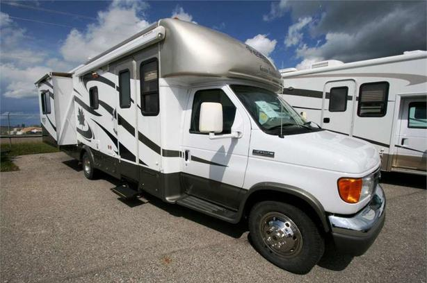 2007 Triple E REGENCY 28DB