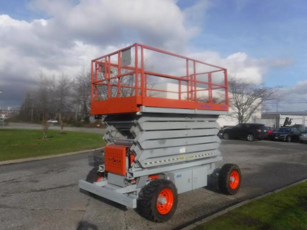 2008 Skyjack SJ 8850 4x4 Electric Lift 50 foot Gas Propane Engine Scissor Lift