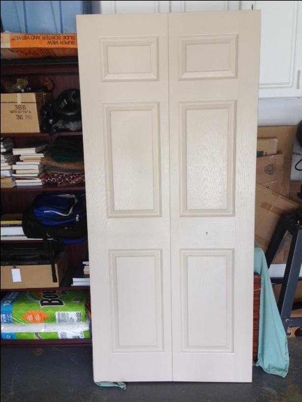 FREE: 36 inch bifold door