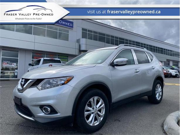 2015 Nissan Rogue SV  - $158 B/W