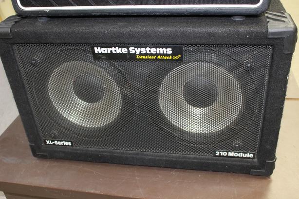 "#158827-3 Hartke 10"" speakers x2 speaker cab"