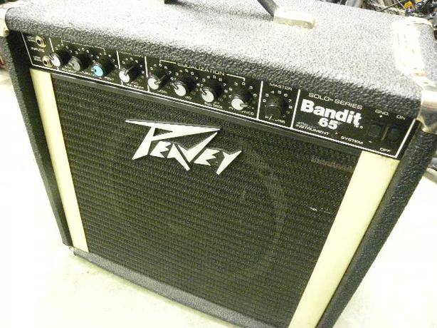 #166132-17 Peavey Bandit 65 guitar amplifier