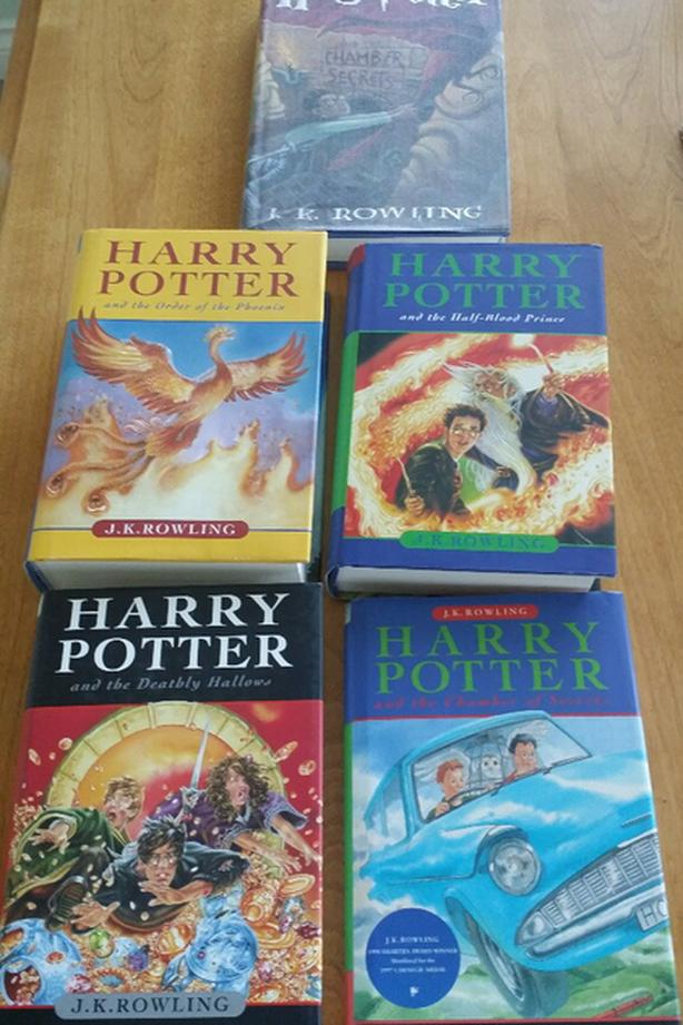 Hard Cover - Harry Potter Books and 1 Soft Cover