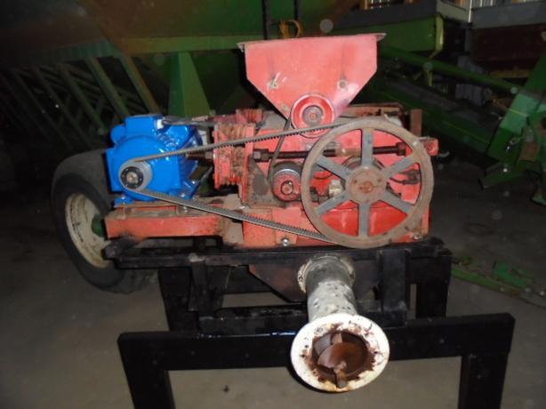 Champion  roller mill