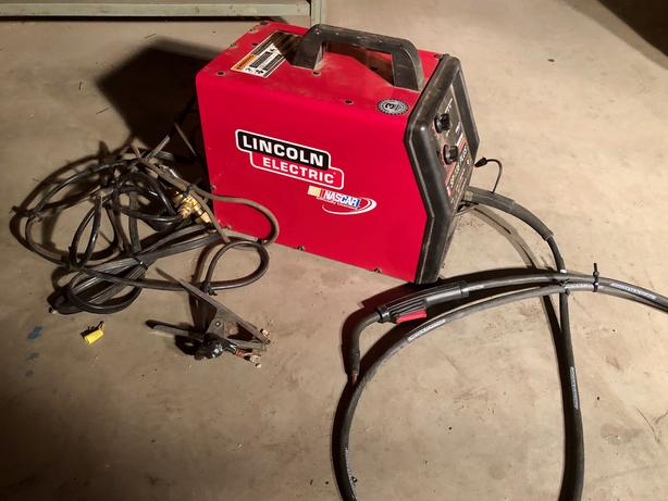 SP-135 Plus Lincoln Electric Welder