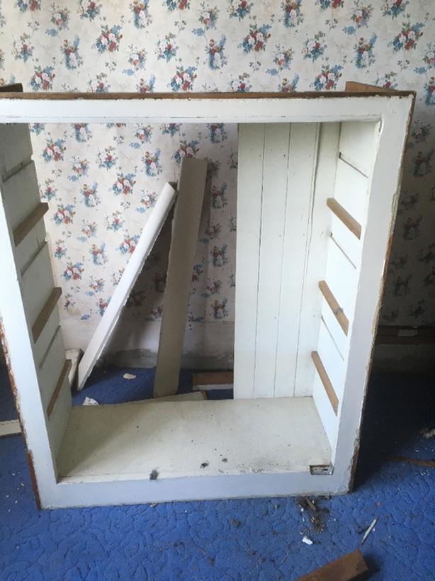 FREE: solid wood book shelf box