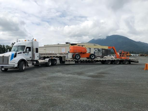 Hot Shot Trucking Fort McMurray, Rush Shipping AB, Expedited Shipping, AB