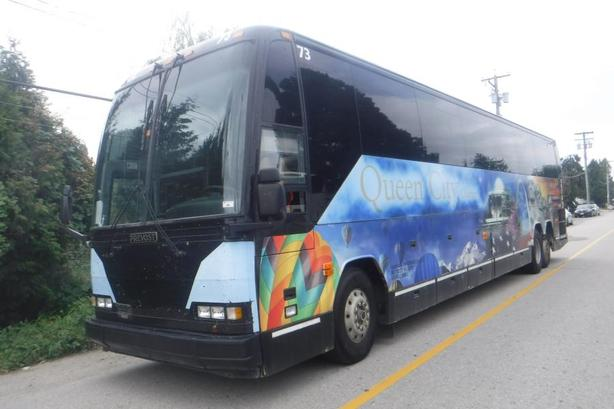 1999 Prevost H3-45 57 Passenger Bus Diesel with Air Brakes