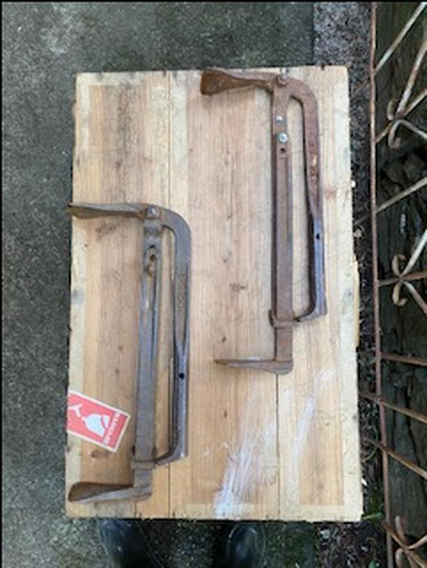 2 Vintage Metal  Brick Clamps