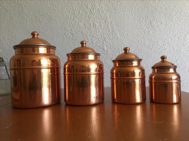 Set of 4 Copper Jars with Lids