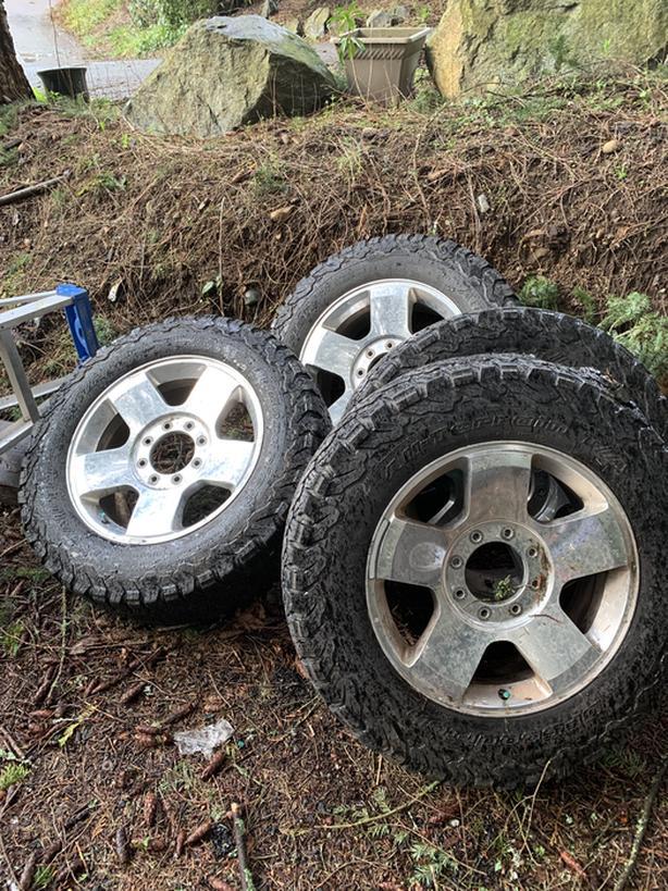 BFG All terrain K02 tires / Harley Davidson rims