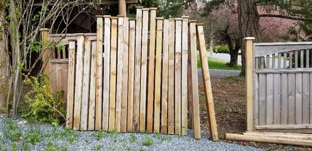 4x4 reclaimed cedar posts