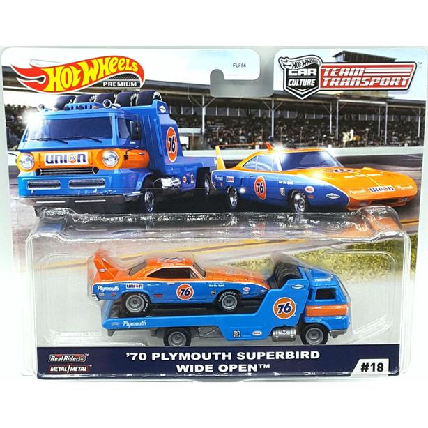 Hot Wheels Team Transports Plymouth Superbird RaceCar