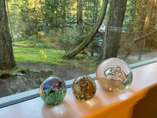 3 Vintage 'Murano Glass' Style Paperweights