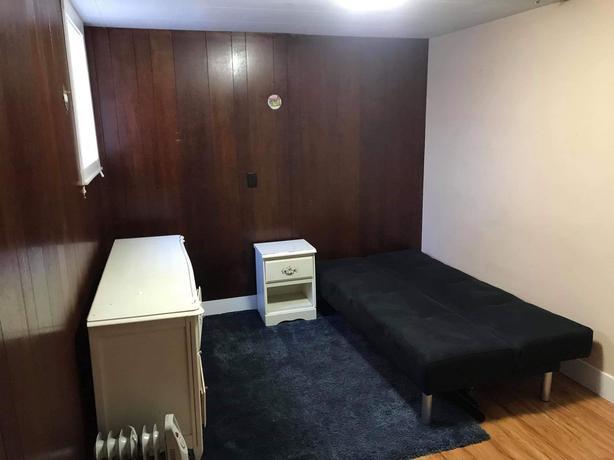 ROOM FOR RENT - 41st & Fraser - $765/month