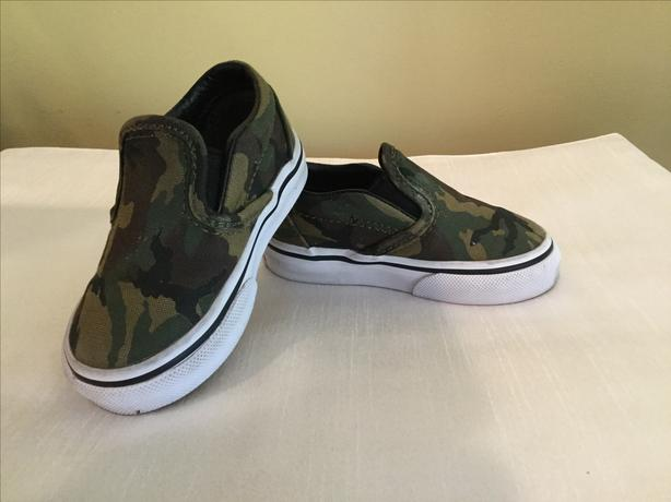 VANS Camo Slip- on Crib