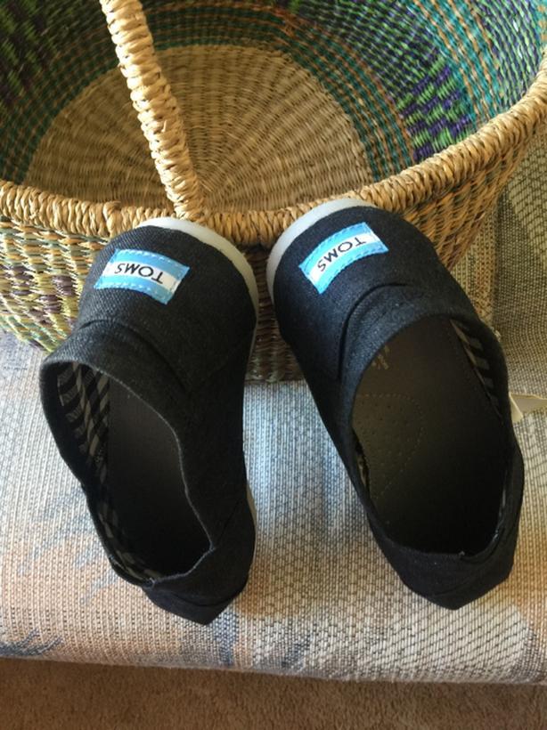 Men's 'TOMS' shoes
