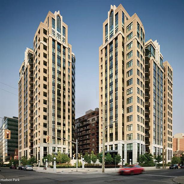 PRICE REDUCED FOR EARLY JUNE RENTAL 235 Kent, 10th floor, luxury condo