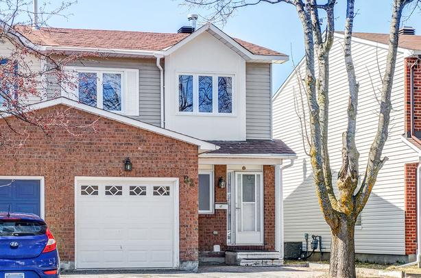 Stunning End Unit Townhome for sale next to Kanata Hightech