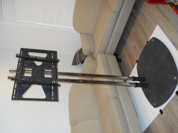 PREMIER MOUNTS Monitor TV  display stand.