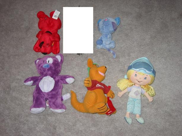 Stuffies & dolls - $1 each