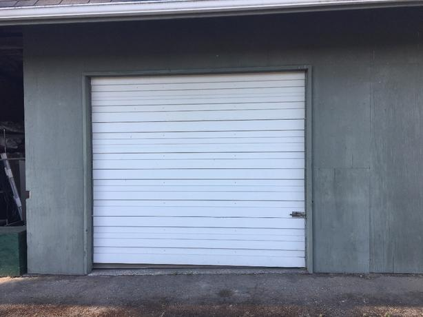 Dry, secured and gated storage unit for rent