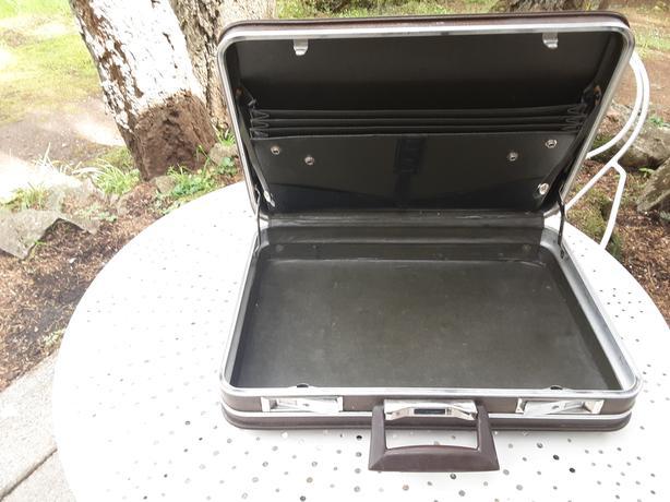 Vintage carson briefcase
