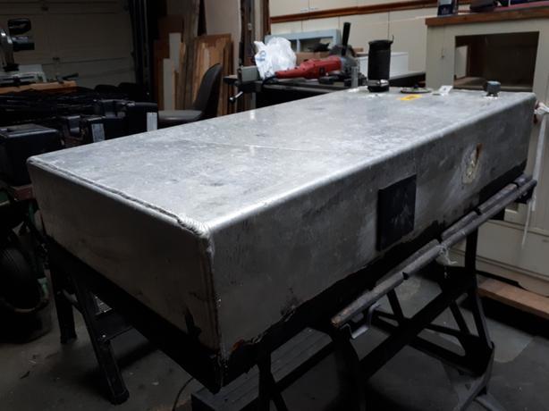 Aluminum gas tank