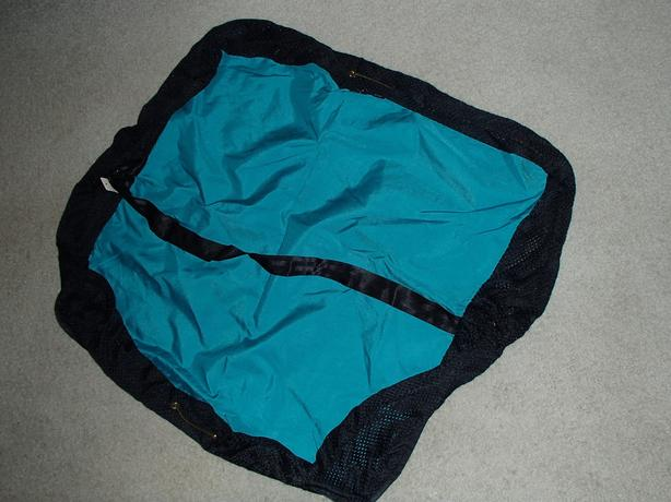 NEW Wilderness Designs Changing Pad/Diving and Paddling Wet Gear Bag