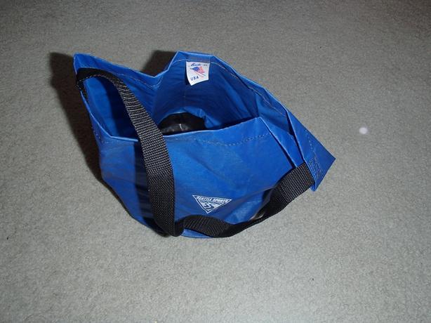 Seattle Sports Folding Water Bucket