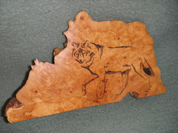 Fretsawed Wolf Carving
