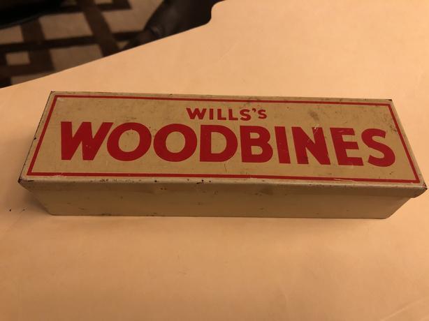 Vintage Wills's woodbines dominos