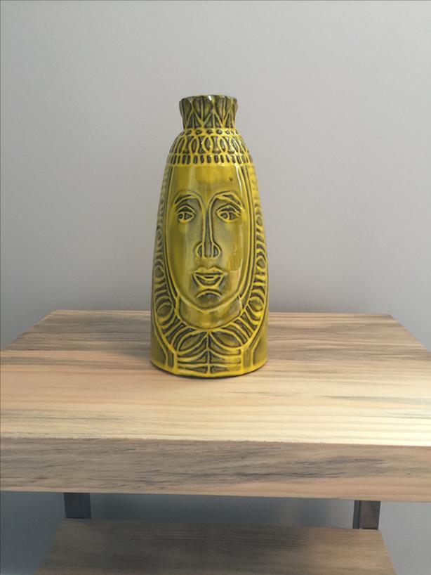Vintage 1960's 'Raul Coronel' Queen Vase