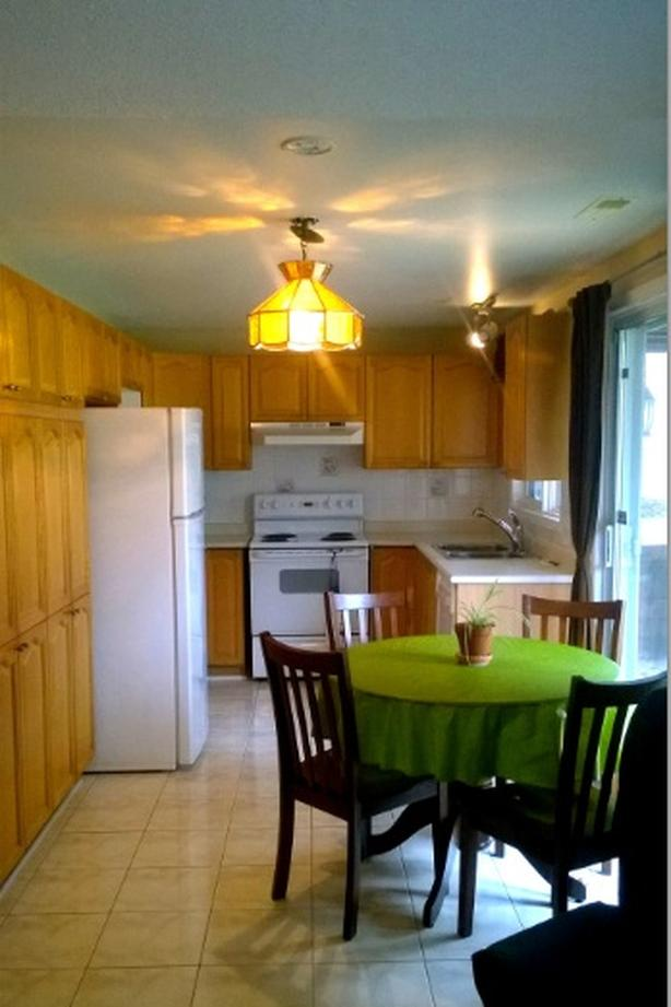 A 2 bedrooms in-law suite steps from Ottawa river, all inclusive