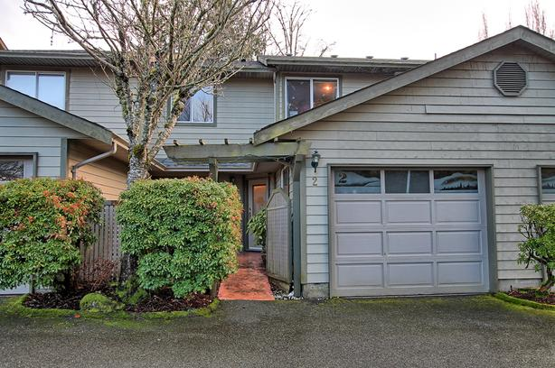 Townhouse for Sale in Sooke! Sign #381000