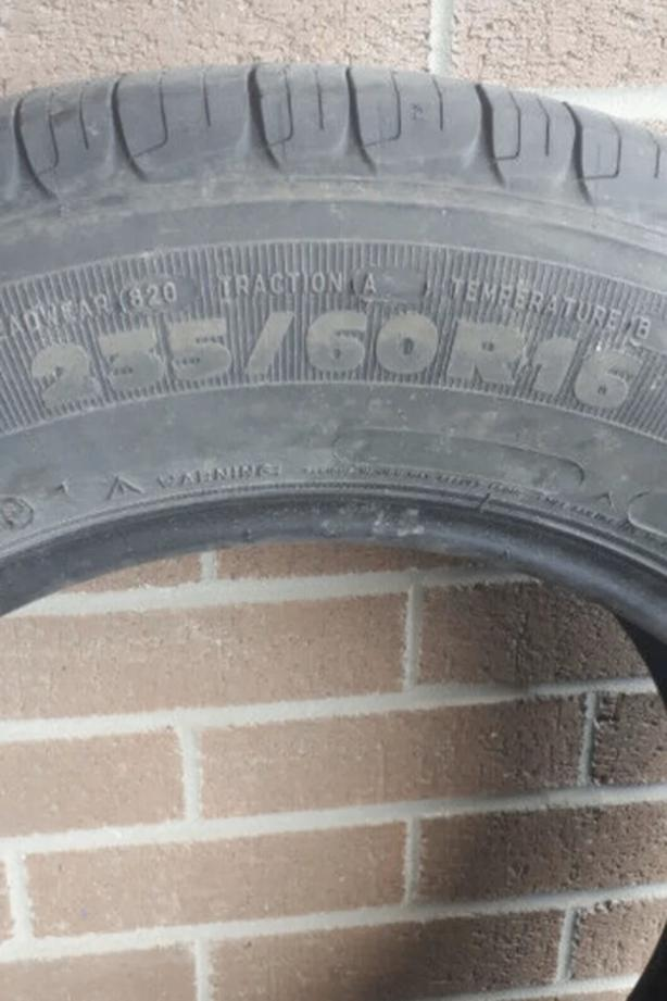 Gently used, Tubeless Michelin summer tires