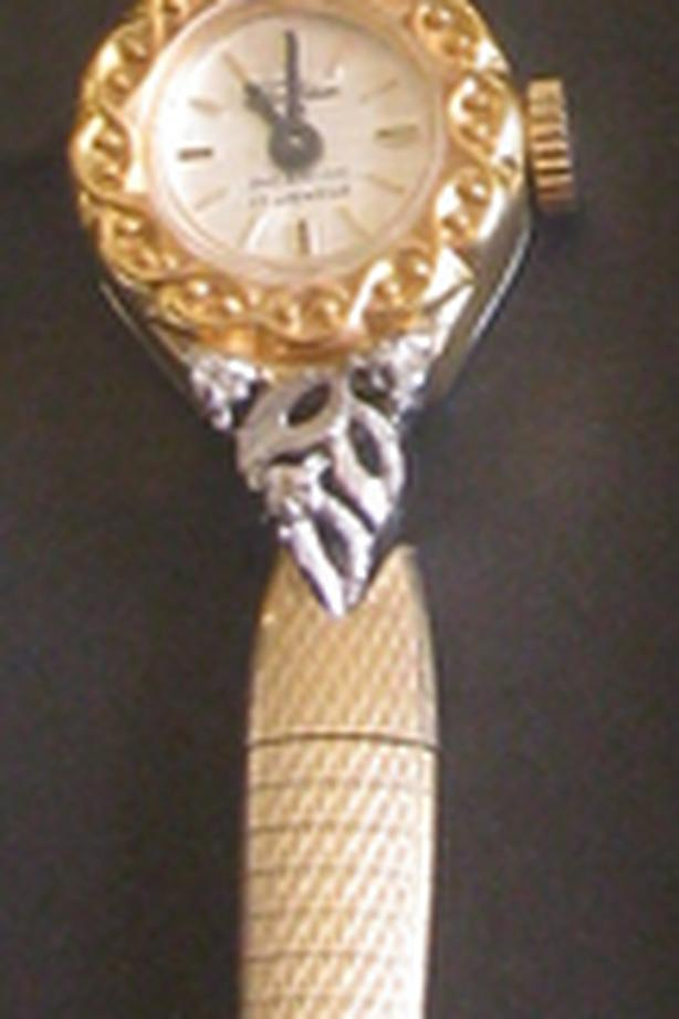 Ladies Vntg Tradition Swiss Made 17 Jewels Incabloc Watch with Diamonds Working
