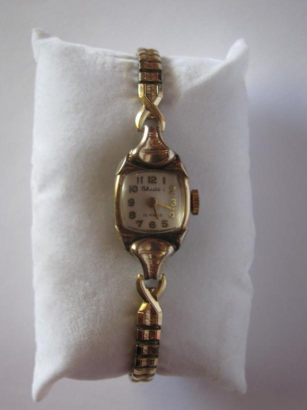 Ladies Vintage Swiss Made Watch 15 Jewels X-Rare Shute Brand Works