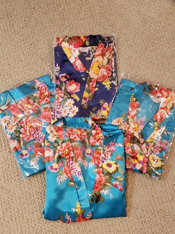 4 New Floral Satin Robes