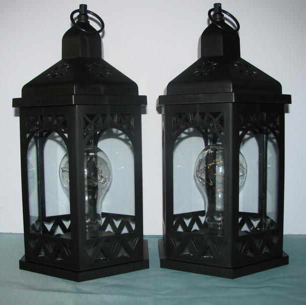 Indoor Outdoor LED Shimmer Lantern Automatic Timer Set of 2 Black Used