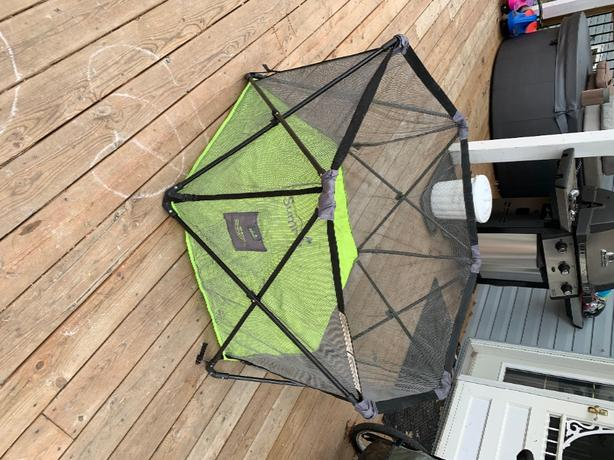 summer pop and portable play pen