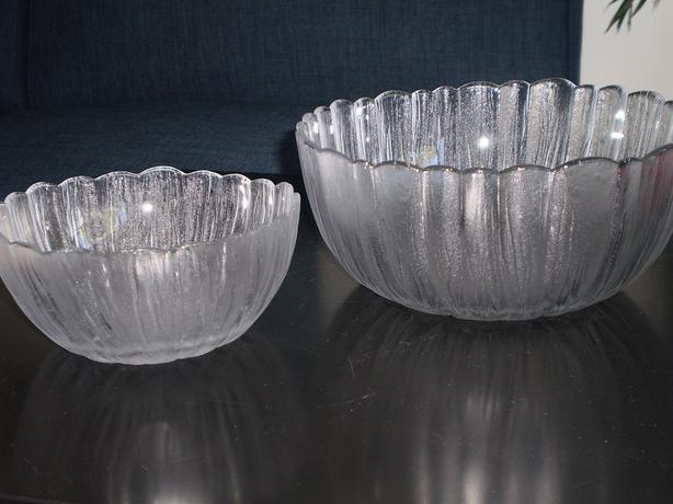 Frosted Matching Serving Bowls - 2 Sizes
