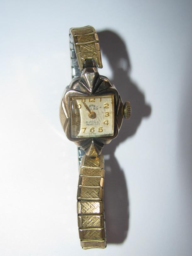 Vintage Old 21 Jewels Incabloc Swiss Winding Ladies Watch Estate Find Working